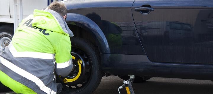 ADAC Pannenstatistik 2021: Batterie häufigster Ausfallgrund bei Benzinern und E-Autos