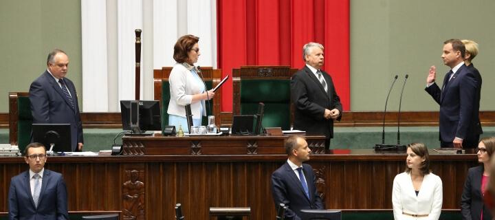 Präsidentenwahl: Polen wählen später und nur per Brief