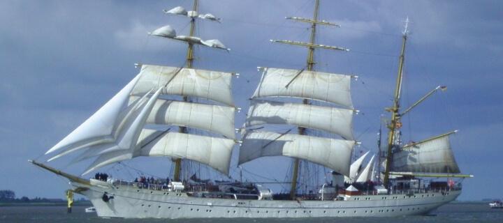 Segelschulschiff Gorch Fock sticht nach Restaurierung wieder in See