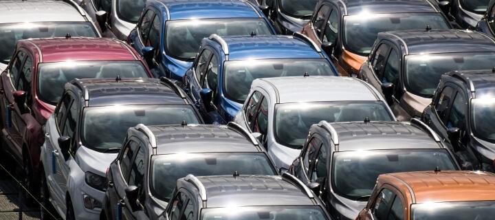 Deutscher Automarkt schrumpft um 19 Prozent – E-Autos legen zu