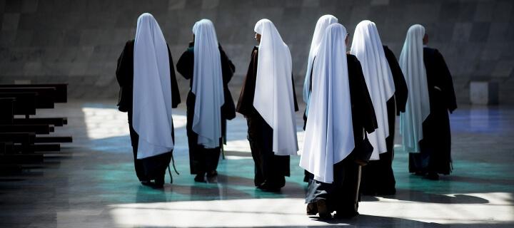 Umfrage: Mehr als 1.400 Missbrauchsfälle in katholischen Orden