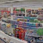 Überraschende Wende: Metro will Supermarktkette Real nun doch nicht an Redos verkaufen