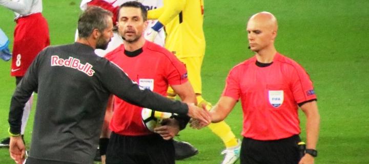 Neue Fußball-Regeln: DFB vertagt Entscheidung über Gelbsperren für Trainer